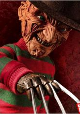 NIGHTMARE ON ELM STREET - MEGA TALKING FREDDY [FIGURE]